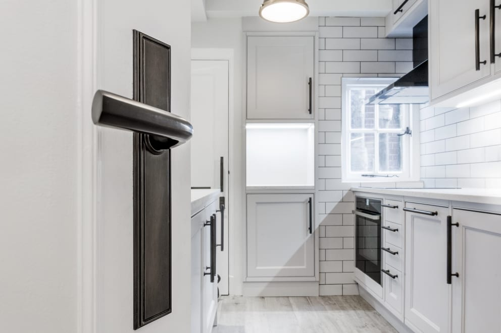 Black Door Handle White Kitchen Wall Tiles