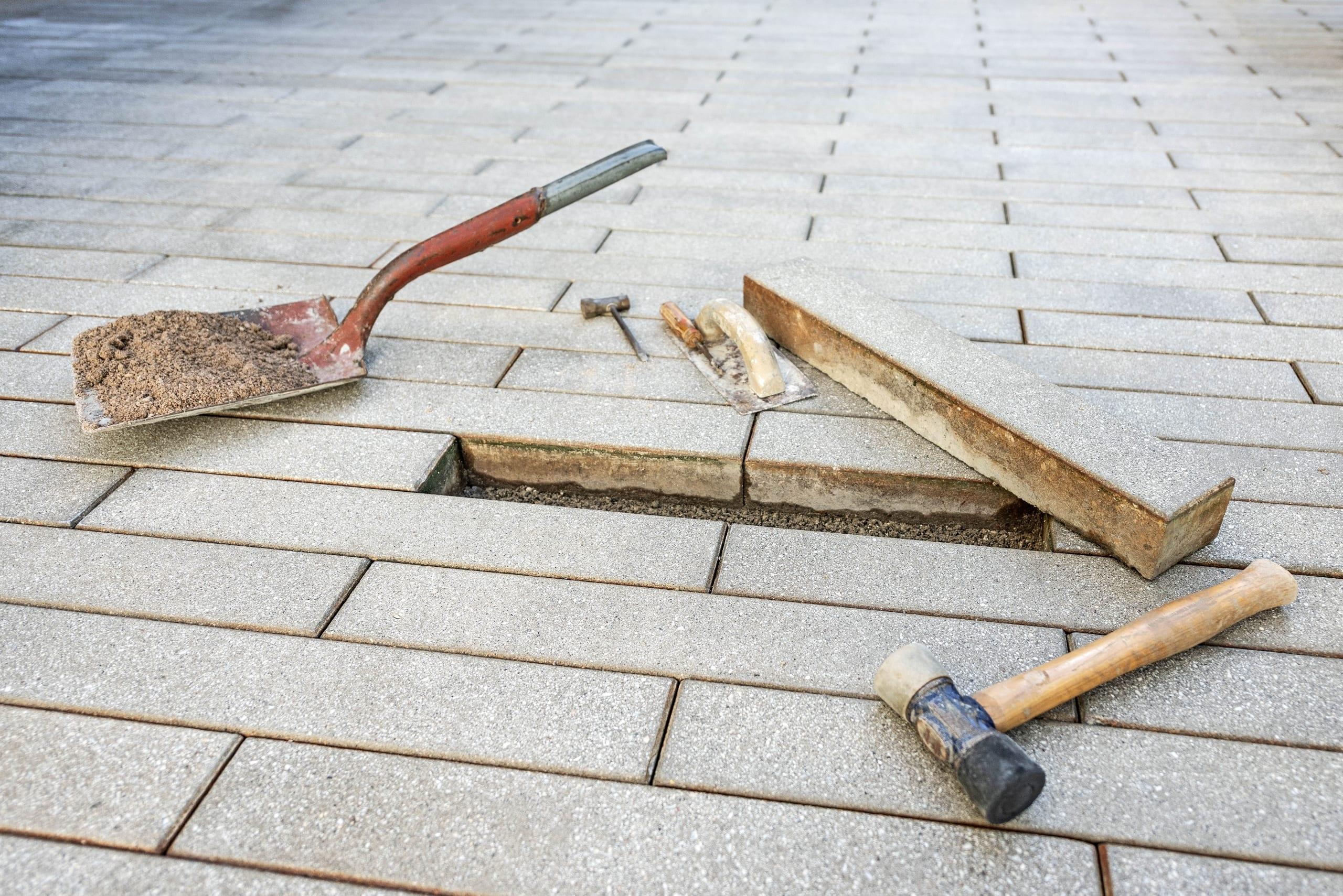 Tools Sarasota Memorial Hospital Helmuth Landscaping Pros Paving Spade Hammer