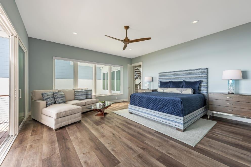 Master Bedroom Navy Blue Bed Spread