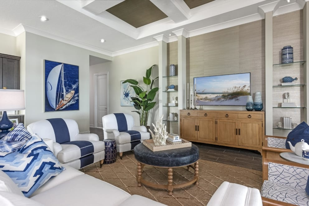 Livingroom Blue Accents Coastal Theame