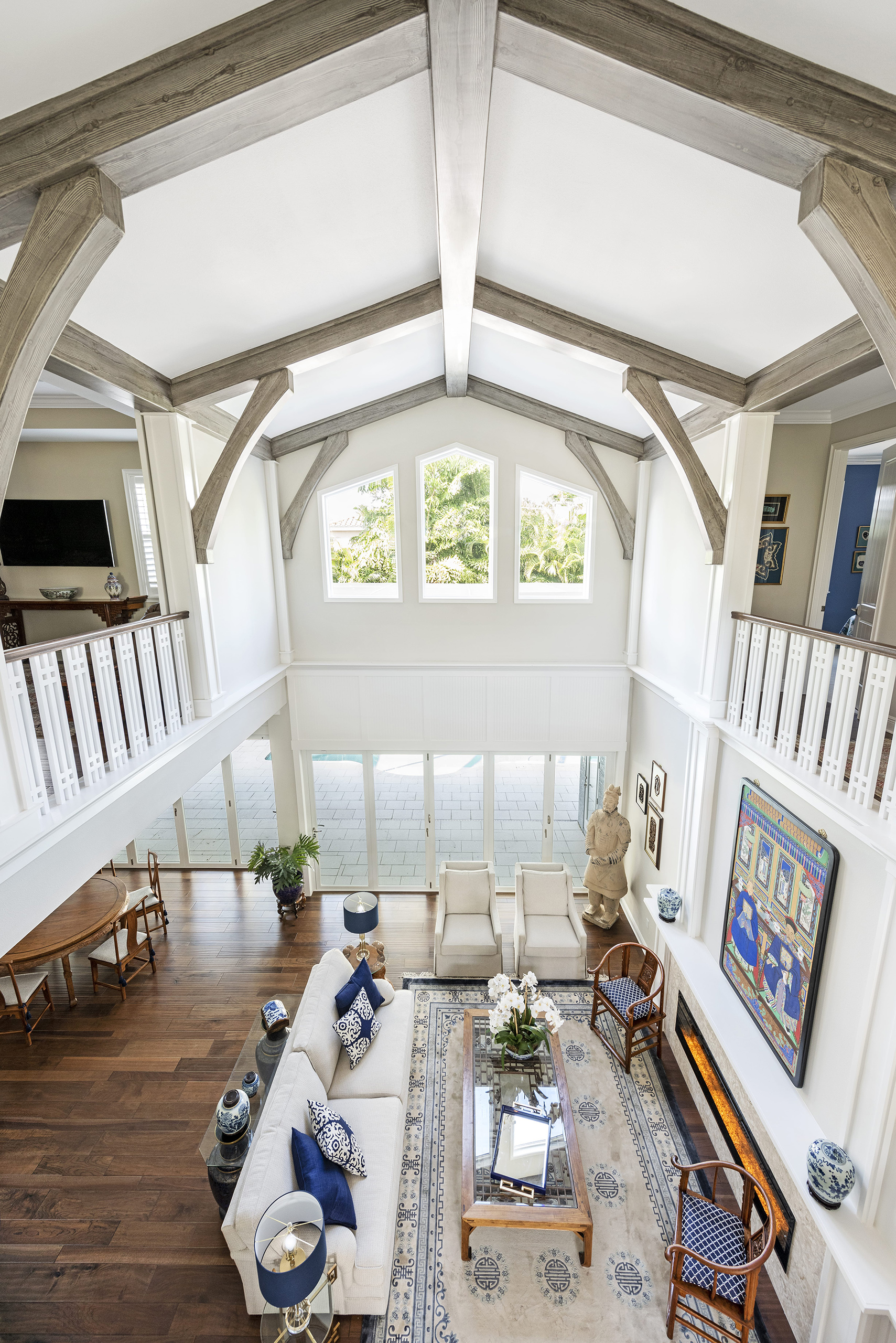 Linda Mixon Living Room Roof Beams