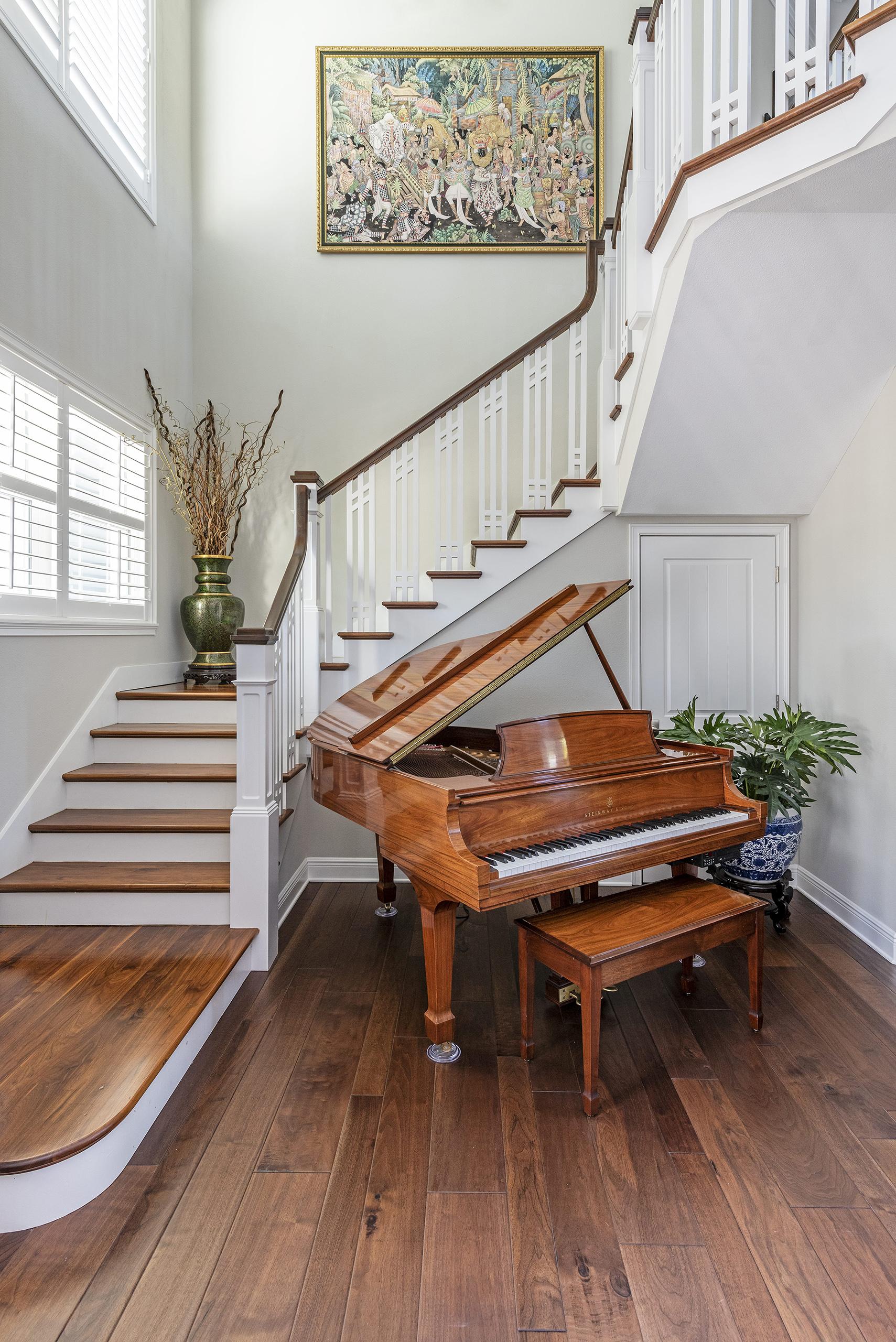 Linda Mixon Piano Stair Case
