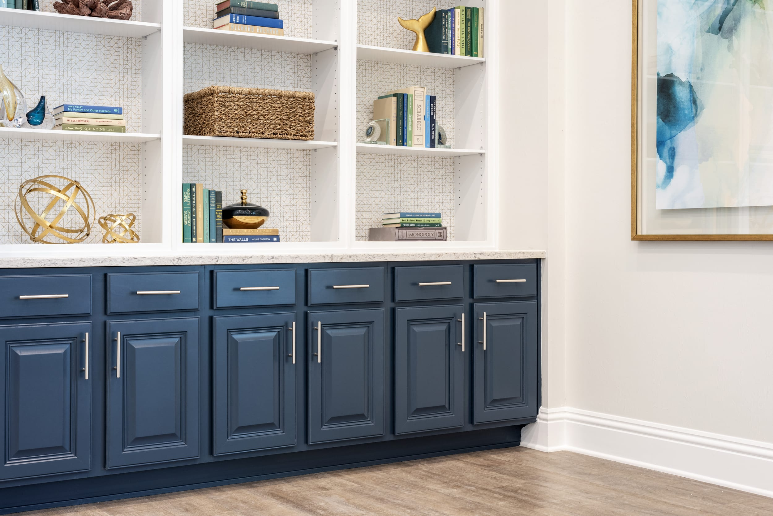 Studio121 Savona Club House Dark Blue Cabinets Artwork